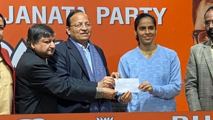സൈന നെഹ്വാളും സഹോദരിയും ബിജെപിയിലേക്ക്