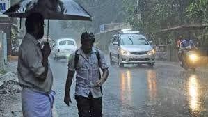 കനത്തമഴ; തിരുവനന്തപുരം ഉള്പ്പെടെ മൂന്നു ജില്ലകളില് ജാഗ്രതാ നിര്ദേശം