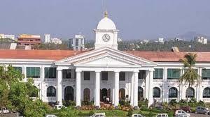 ട്രിപ്പിള് ലോക്ക് ഡൗണ്: ഭരണ സിരാകേന്ദ്രമായ സെക്രട്ടേറിയറ്റ് അടച്ചു