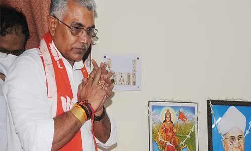 ഗോമൂത്രം കൊവിഡ് രോഗം ശമിപ്പിക്കുമെന്ന് അവകാശപ്പെട്ട ബിജെപി ബംഗാള് സംസ്ഥാന പ്രസിഡന്റിന് കൊവിഡ്