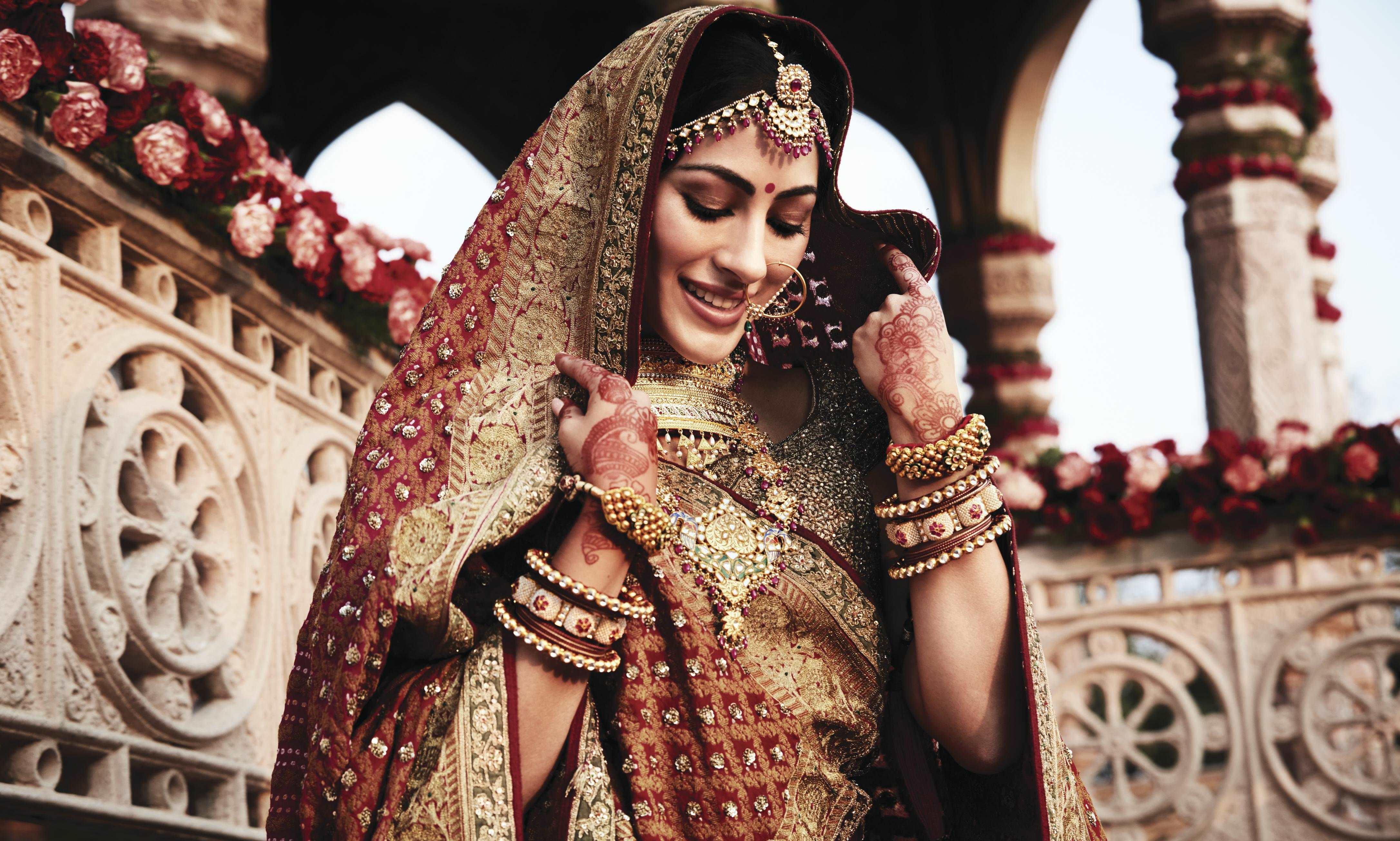 വിവാഹ സീസണ്: റിവാ ആശീര്വാദ് പര്ച്ചേസ് പ്ലാനുമായി തനിഷ്ക്