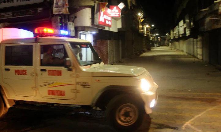 കൊവിഡ് വ്യാപനം: ബെംഗളൂരു ഉള്പ്പെടെ കര്ണാടകയിലെ ഏഴു നഗരങ്ങളില് രാത്രികാല കര്ഫ്യൂ