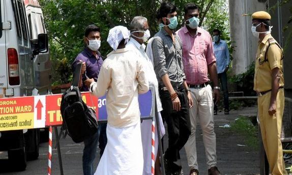 വയനാട് ജില്ലയില് 10 പ്രദേശങ്ങളില് നിരോധനാജ്ഞ