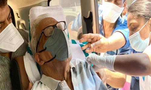 മുതിര്ന്ന സിപിഎം നേതാവ് വിഎസ് അച്യുതാനന്ദന് രണ്ടാം കൊവിഡ് വാക്സിന് സ്വീകരിച്ചു