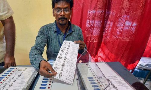 ഉപതിരഞ്ഞെടുപ്പുകളില് കോണ്ഗ്രസ്സിനും ബിജെപിക്കും നേട്ടം