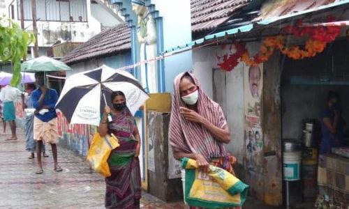 എറണാകുളം: ഇതരസംസ്ഥാന തൊഴിലാളികള്ക്കായി നാലായിരത്തിലധികം കിറ്റുകള് വിതരണം ചെയ്തു