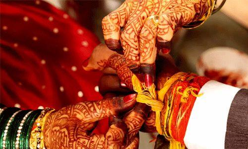 ഒരേ പന്തലില് സഹോദരിമാരെ വിവാഹം ചെയ്തു; പ്രായപൂര്ത്തിയാവാത്ത പെണ്കുട്ടിയെ വിവാഹം ചെയ്തതിന് വരന് അറസ്റ്റില്