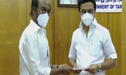 കൊവിഡ്: തമിഴ്നാട് മുഖ്യമന്ത്രിയുടെ ദുരിതാശ്വാസ നിധിയിലേക്ക് രജനികാന്ത് 50 ലക്ഷം നല്കി
