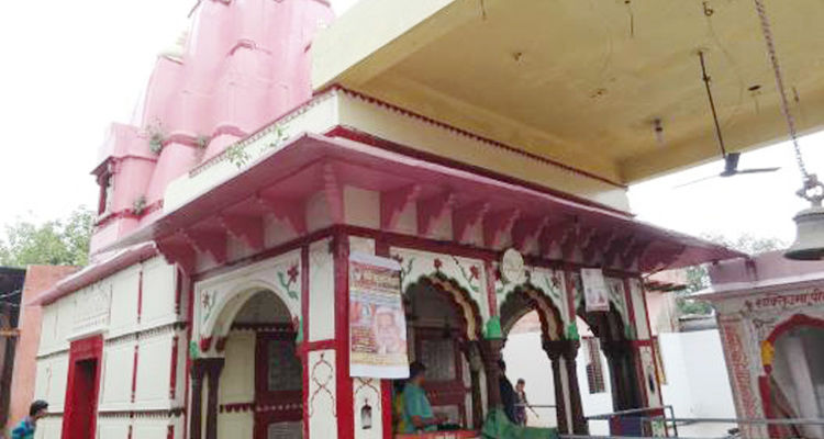 യുപി മഥുരയിലെ ക്ഷേത്രത്തില് നിന്ന് ശ്രീരാമ വിഗ്രഹം മോഷ്ടിച്ചു