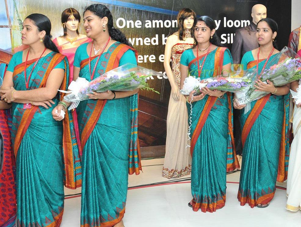kalyan-silks-workers