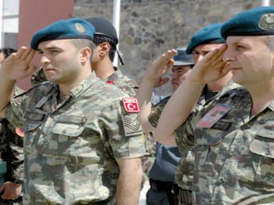 Two_Turkish_soldier